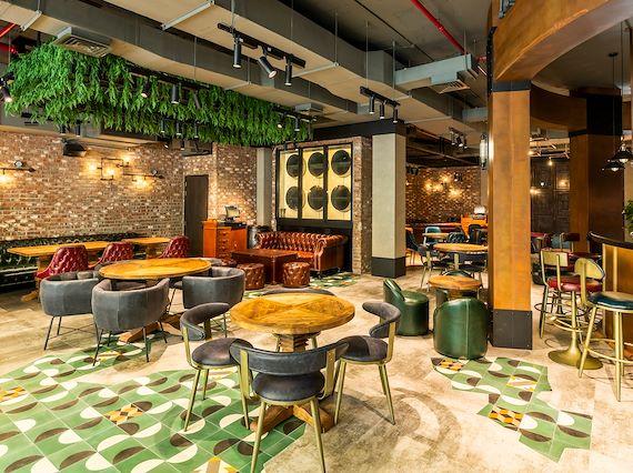 Warehouse Restaurant Le Meridien Dubai